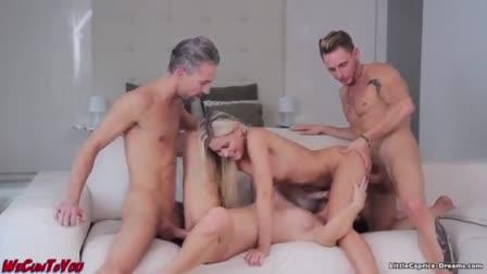 Gorgeous blonde babe Madelyn Monroe fucks her boyfriend