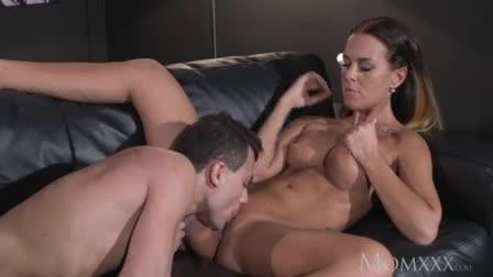 Hard anal sex with cute girlfriend scene 2