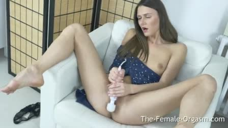 japan model show her pink pussy in webcam live