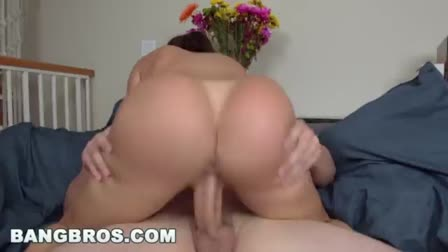 Stranded hitchiker Angelina Wild flaunts pussy for cash