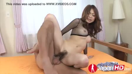 Tanned wench adores banging